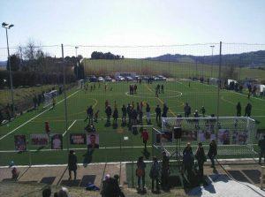 Una panoramica dall'alto del campo sportivo Manuali